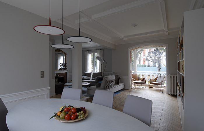maison le chesnay 10surdix. Black Bedroom Furniture Sets. Home Design Ideas
