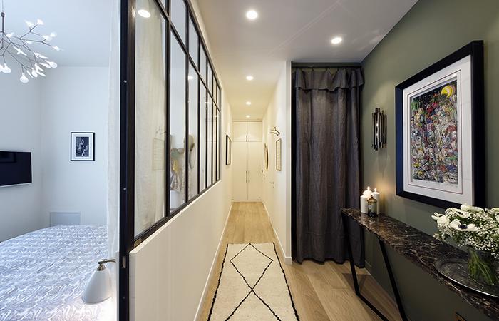 Appartement showroom priv clichy paris 9 10surdix - Couleur de peinture pour couloir sombre ...