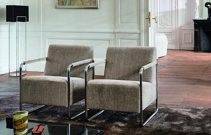 10surdix tiquette fauteuil design en cuir 10surdix. Black Bedroom Furniture Sets. Home Design Ideas