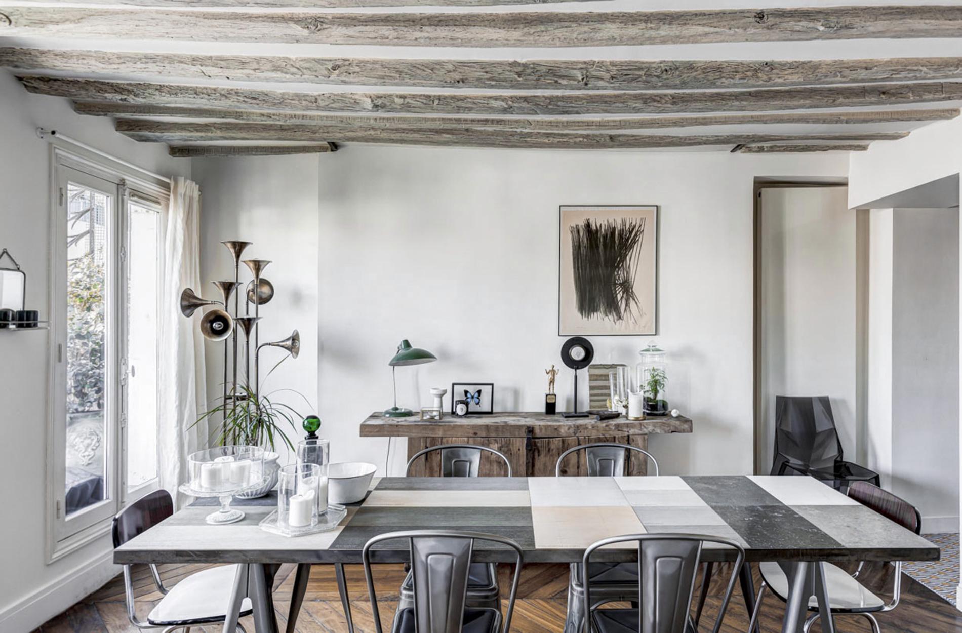 10surdix appartement sous les toits 10surdix. Black Bedroom Furniture Sets. Home Design Ideas