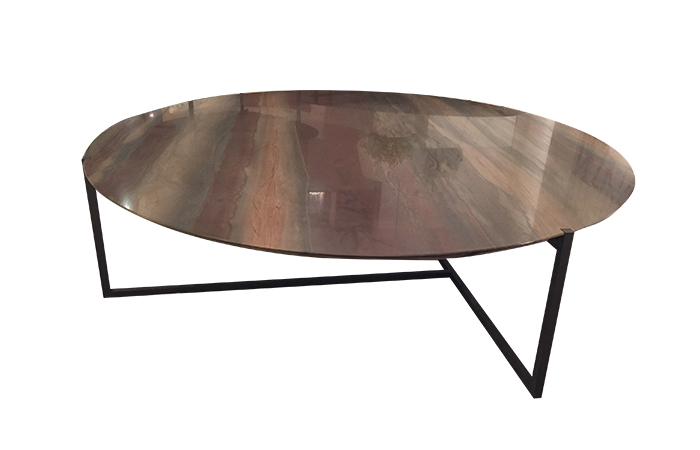 10surdix tiquette table basse en cuir 10surdix. Black Bedroom Furniture Sets. Home Design Ideas